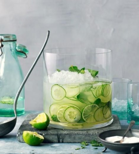 5 Healthy Detox Water Recipes